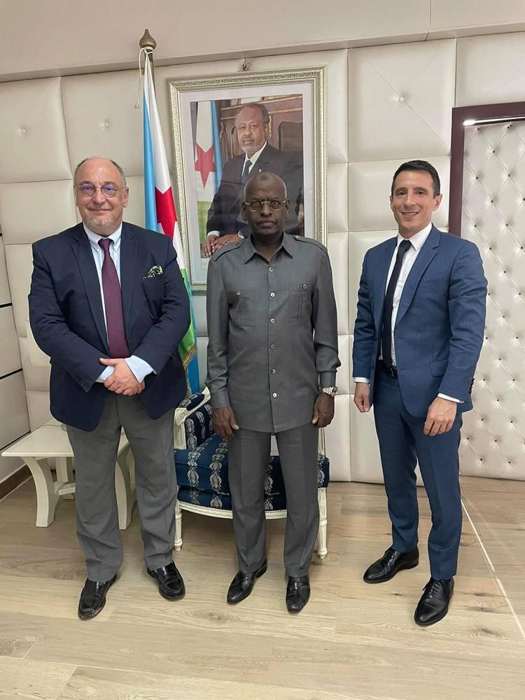 Le premier ministre SEM abdoulkader Kamil Mohamed, le Dr. Abdi Khaireh Bouh et Pierre Bellagambi